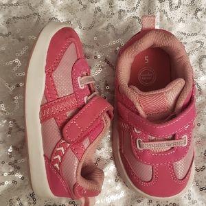 Toddler girls pink sneakers